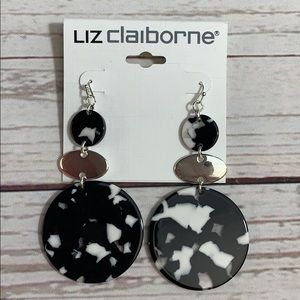 NWT Liz Claiborne Black & White Dangle Earrings